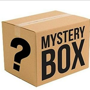 Large and extra large mystery box